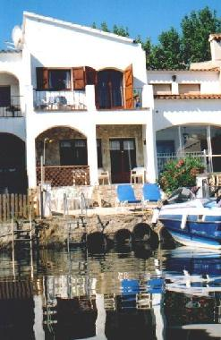 Holiday House in Ampuriabrava (Girona) or holiday homes and vacation rentals