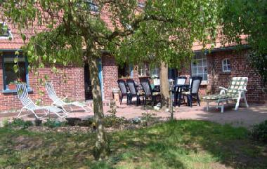Holiday Apartment in Jaderberg (Nordsee-Festland / Ostfriesland) or holiday homes and vacation rentals