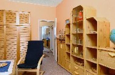 holiday apartment berlin mitte messezimmer monteurzimmer berlin 2 zimmer ferienwohnung. Black Bedroom Furniture Sets. Home Design Ideas