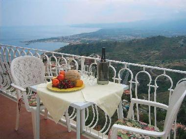 Holiday Apartment in Taormina (Messina) or holiday homes and vacation rentals