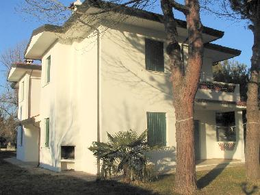 Holiday Apartment in Duna Verde (Venezia) or holiday homes and vacation rentals