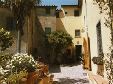 Holiday Apartment in LAMPORECCHIO (Pistoia) or holiday homes and vacation rentals