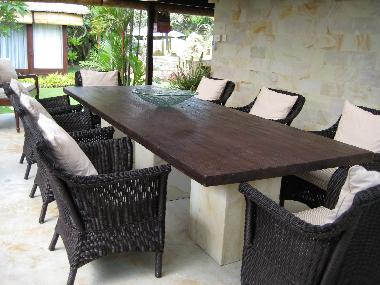 Dining area seats 10