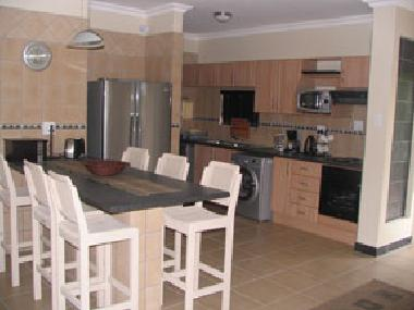 Holiday house zinkwazi beach kwamulani nr 1 holiday for Kitchen designs south africa