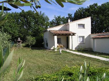 Holiday House in Les vielles Fumades (Gard) or holiday homes and vacation rentals