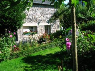 Bed and Breakfast in orval (Manche) or holiday homes and vacation rentals