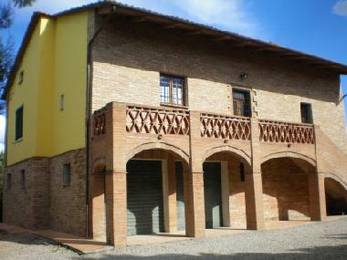Holiday House in Pozzuolo (Perugia) or holiday homes and vacation rentals