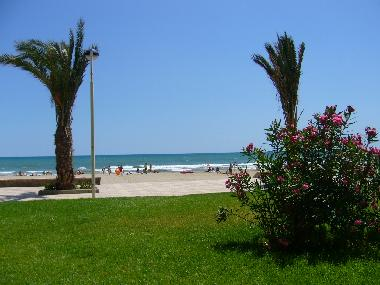 Holiday Apartment in port saplaya (Valencia / València) or holiday homes and vacation rentals