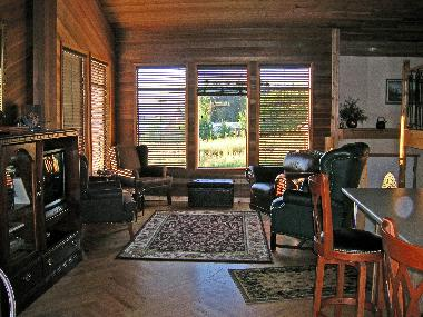 Holiday House in Abbotsford (British Columbia) or holiday homes and vacation rentals