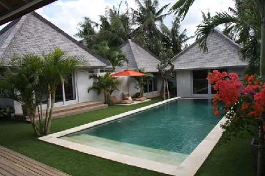 Bed and Breakfast in Seminyak (Bali) or holiday homes and vacation rentals