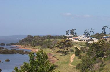 Holiday House in CORINELLA (Victoria) or holiday homes and vacation rentals