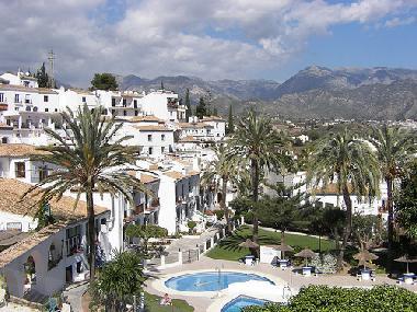 Pictures holiday apartment punta lara nerja spain studio - Casa home malaga ...
