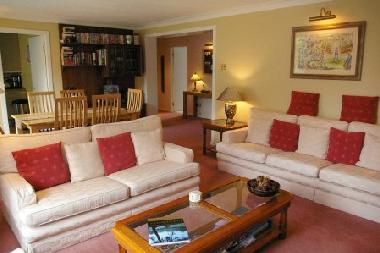 Holiday Apartment in Auchterarder (North Eastern Scotland) or holiday homes and vacation rentals