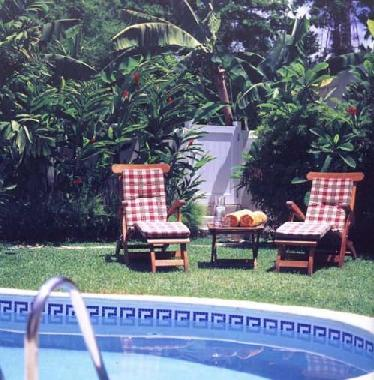 Bed and Breakfast in Speightstown (Saint James) or holiday homes and vacation rentals