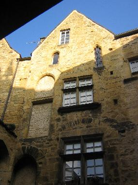 The 15 Century Townhouse where Le Grenier is located
