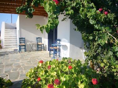 Holiday House in Naxos (Kyklades) or holiday homes and vacation rentals