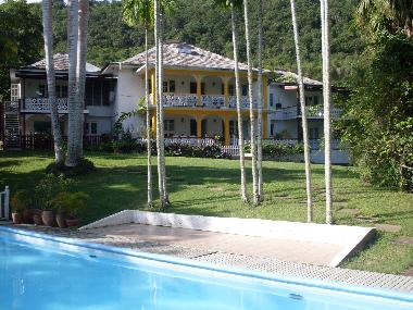 Bed and Breakfast in Montego Bay (Saint James) or holiday homes and vacation rentals