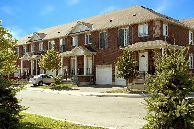 Holiday House in Mississauga, Ontario (Ontario) or holiday homes and vacation rentals
