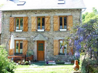 Holiday House in St Setiers (Corrèze) or holiday homes and vacation rentals