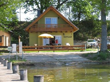 Holiday House in Alt Schwerin (Mecklenburgische Seenplatte) or holiday homes and vacation rentals