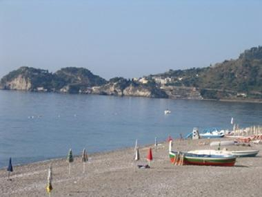 Holiday Apartment in Taormina Mazzeo (Messina) or holiday homes and vacation rentals