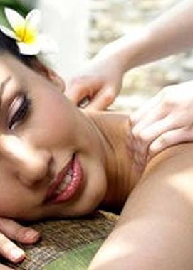 Enjoy our relax Bali traditional massage in villa
