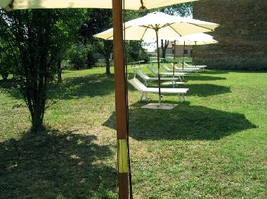 Torre Del Fondo agriturismo: holidays apartments. LOW PRICE