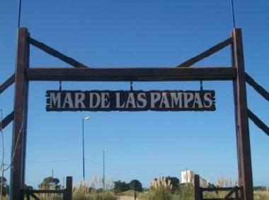 Holiday House in MAR DE LAS PAMPAS  (Buenos Aires) or holiday homes and vacation rentals