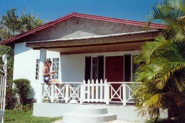 Bed and Breakfast in Runaway Bay (Saint Ann) or holiday homes and vacation rentals