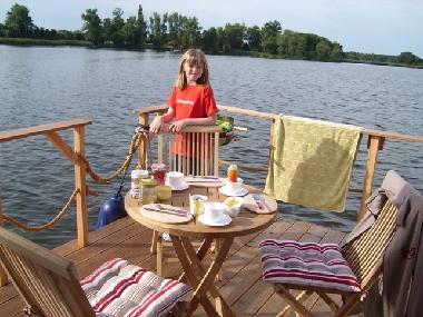 Boat in Havelsee/OT Pritzerbe (Potsdam-Mittelmark) or holiday homes and vacation rentals