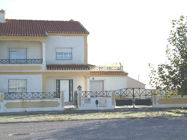 Holiday House in Casal Cochim (Grande Lisboa) or holiday homes and vacation rentals