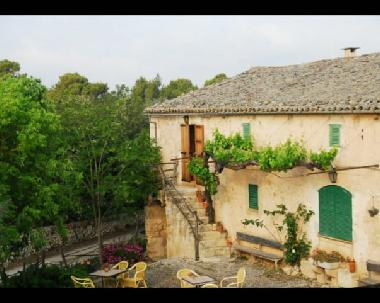 Holiday Apartment in sineu (Mallorca) or holiday homes and vacation rentals