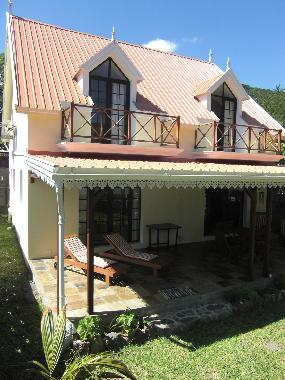 Holiday House in Le Morne (Black River) or holiday homes and vacation rentals