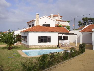 Holiday House in Torres Vedras (Grande Lisboa) or holiday homes and vacation rentals