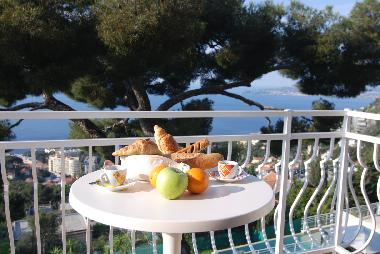 Morning breakfast on the top balcony.