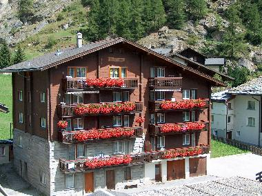 Holiday Apartment in Saas-Grund (Saastal) or holiday homes and vacation rentals