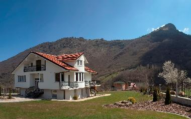 Holiday House in Bitola (Bitola) or holiday homes and vacation rentals