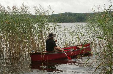 The Lake Rummen with canoe