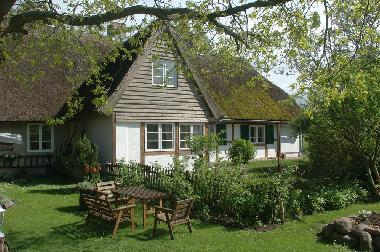 Holiday House in Schaprode (Ostsee-Inseln) or holiday homes and vacation rentals