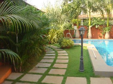 Bed and Breakfast in Sinquerim (Goa) or holiday homes and vacation rentals