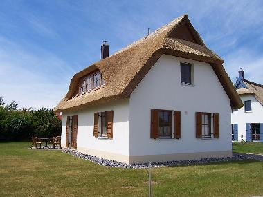 Holiday House in Glowe (Ostsee-Inseln) or holiday homes and vacation rentals