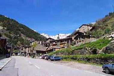 The village of Arinsal