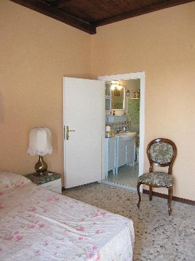 Holiday House in vitorchiano  (Viterbo) or holiday homes and vacation rentals