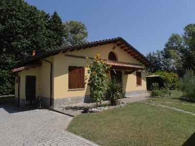 Holiday House in Marina di Massa (Massa-Carrara) or holiday homes and vacation rentals