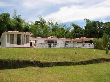 Holiday House in La rochela (Caldas) or holiday homes and vacation rentals
