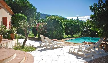 Holiday House in AUPS (Var) or holiday homes and vacation rentals