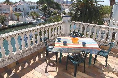 Holiday Apartment in Ampuriabrava (Girona) or holiday homes and vacation rentals