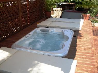 holiday house alsancak villa amarilla holiday house cyprus With whirlpool garten mit balkon grill kohle