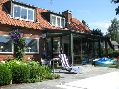 Pictures holiday house segeltorp sweden house with pool for Holiday apartments in stockholm