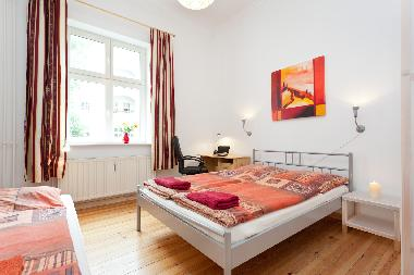 Holiday Apartment in Berlin-Mitte Friedrichstraße (Mitte) or holiday homes and vacation rentals
